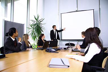 A Few Tips on How to Choose the Best Corporate Training Provider